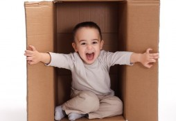 kid in box