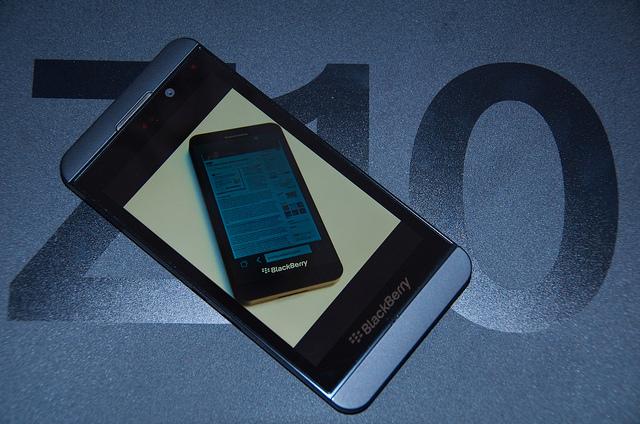 BlackBerry Z10 (IMAGE: E. Dans)